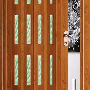 realizzazione porte soffietto legno