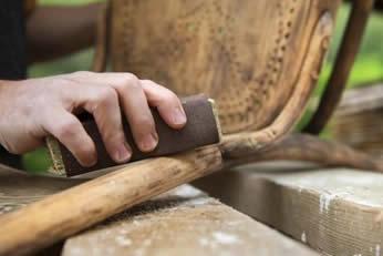 lavorazione del legno per restauro mobili antichi