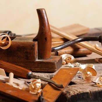 strumenti per lavorazione del legno e restauro mobili